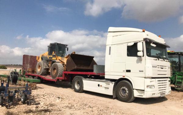 Transporte de maquinaria amarilla - Transporte de maquinaria de constricción - MURPATRANS